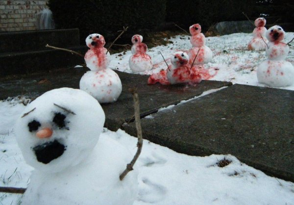 zombie-snowmen-attack